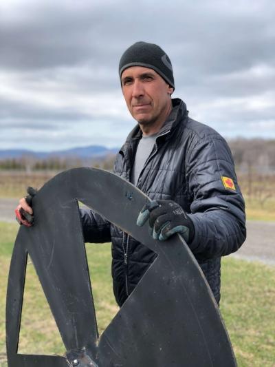 Vins du Québec | Louis Denault du Vignoble Ste-Pétronille